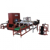 Automtic cutting machine for sand paper